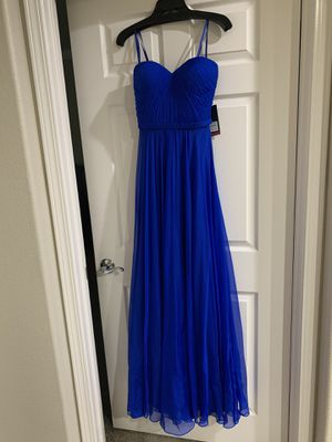 New navy prom dress with tags, size 4 for Sale in Dublin, CA