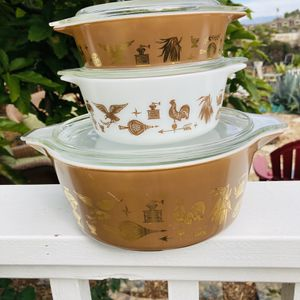 VINTAGE 'EARLY AMERICAN' PYREX CASSEROLE DISHES for Sale in Carlsbad, CA
