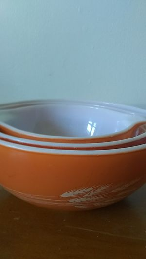 3pc set pyrex bowls for Sale in New Bedford, MA