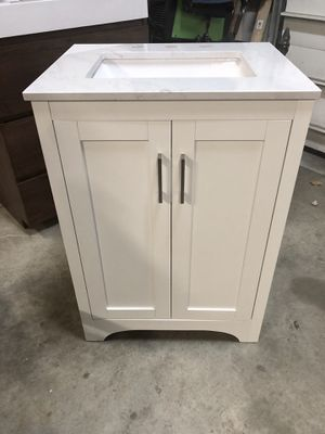 """24"""" bathroom vanity for Sale in Pilesgrove, NJ"""