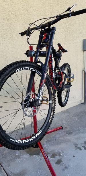 LaPierre DH 727 Downhill mountain bike for Sale in Las Vegas, NV