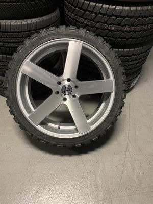24 inch Pinnacle Magnum Wheel for Sale in Melrose Park, IL