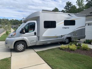 2015 24ft. Winnebago trend 23b RV for Sale in Wake Forest, NC