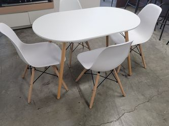 Table W/ 4 Chairs, $169 for Sale in San Bernardino,  CA