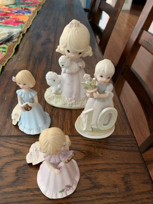 Precious moments figurines for Sale in Chicago, IL
