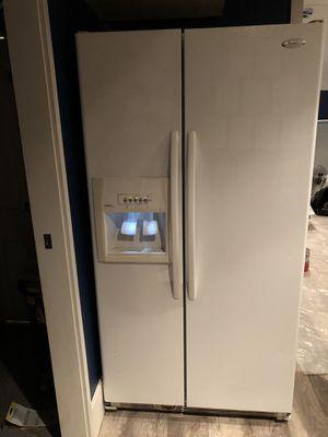 Whirlpool Gold Refrigerator for Sale in Renton, WA