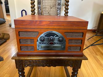 Crowley Record, CD, and tape player. for Sale in Chicago,  IL