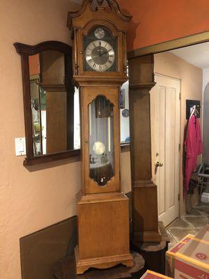 Grandfather clock 7' Seth Thomas for Sale in Phoenix, AZ