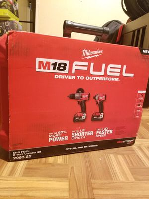 Milwaukee Combo kit Hammer Drill and Impact Driver Brushless Fuel M18 for Sale in Norwalk, CA