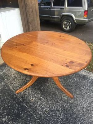 Round Pine Kitchen Table for Sale in Medina, OH