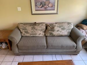 Sofa for Sale in Bel Air, MD
