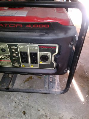 Generator 4,000 watt for Sale in Fresno, CA