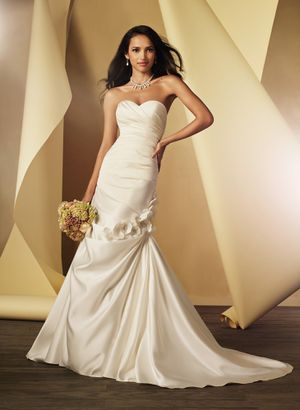 New Alfred Angelo Wedding Dress, Style 2444, White, Size 14 for Sale in Denver, CO
