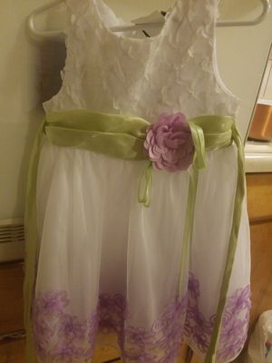 Like new. Rare editions size 3T flower girl dress for Sale in Arvada, CO