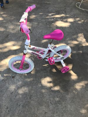 Girls bike for Sale in Laredo, TX
