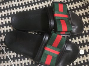 NEED GONE TODAY! women's gucci flip flops for Sale in Fort Washington, MD
