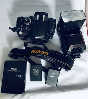 Nikon D5100 Digital camera 16.1 pixel high quality graphics for Sale in Stratford, CT