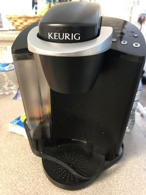 Keurig single cup coffee maker for Sale in Troutdale, OR