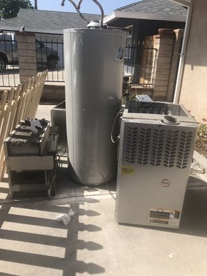 5 ton AC , with ferns , 50 gal water heater , wall unit AC . for Sale in Canoga Park, CA
