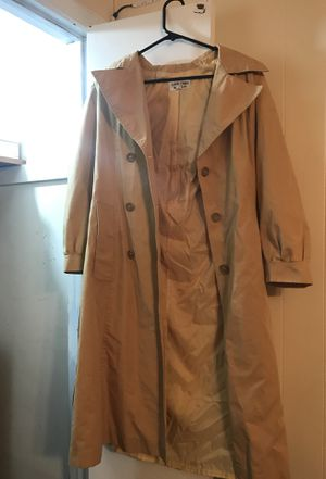 WATERFALL TRENCH COAT 🧥 for Sale in Silver Spring, MD