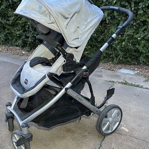 Britax Stroller - Silver for Sale in Houston, TX