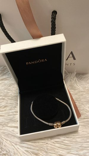 Pandora bracelet rose gold clap for Sale in Pinellas Park, FL