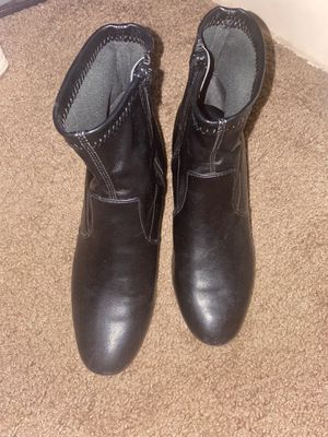 Ankle boots for Sale in Rancho Mirage, CA