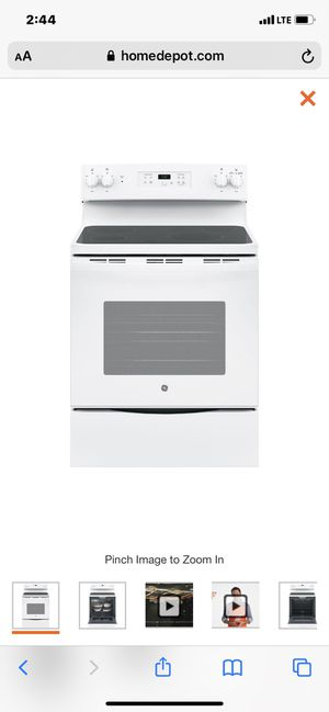 White GE Flat Top Stove for Sale in Haines City, FL