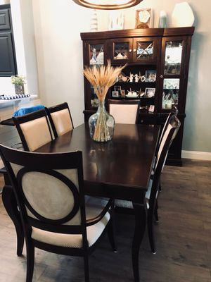 BROYHILL DINING SET for Sale in Orlando, FL