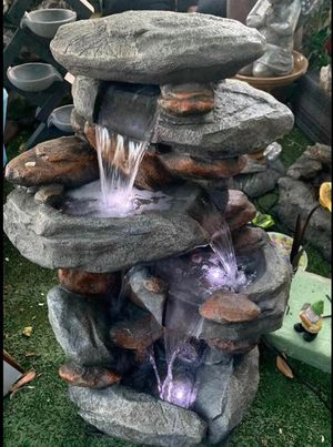 "40"" rock type fountain with lights for Sale in Downey, CA"