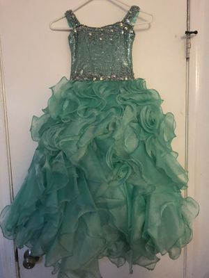 Dress for girls size 3.4 for Sale in Fairfax, VA
