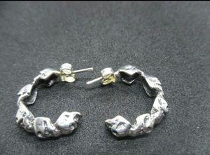 Women's skull earrings for Sale in Chicago, IL