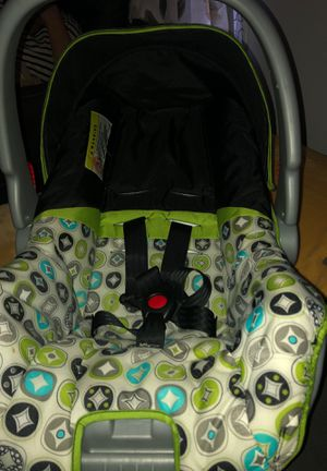 Baby car sit, evenflo, unisex for Sale in Herndon, VA