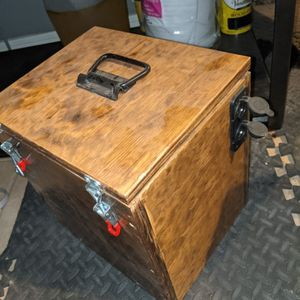 12 Volt Battery Box for Sale in Chandler, AZ