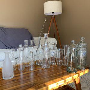 Assorted Vases And Bottles (Vintage Feel) for Sale in Vista, CA