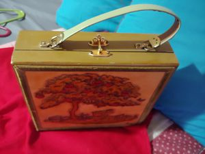 Beautiful antique box purse.. for Sale in Arlington, TX