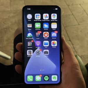 iPhone 11 Pro Max, 256GB Unlocked (Like New) for Sale in San Diego, CA