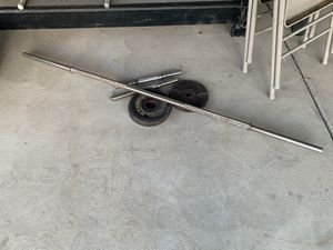 Assorted gym weights and bars for Sale in Fresno, CA