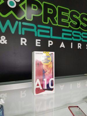 Samsung Galaxy A10 - 32 GB - New - Unlocked - Somos Tienda for Sale in Miami Springs, FL
