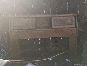 Queen size headboard for Sale in Yakima, WA