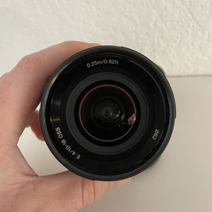 Sony Lens - 10-18mm f4 for Sale in Lakewood, CA