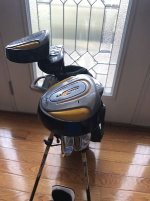 Walter Hagen LEFT handed Youth golf clubs for Sale in Cleveland, OH