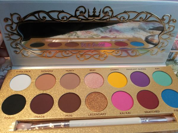 Make up-Lunar beauty eyeshadow palette