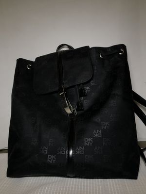 DKNY CASEY Women's Medium Backpack Signature Logo Black for Sale in HOFFMAN EST, IL