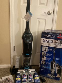 BISSELL Cross wave Cordless MAX for Sale in Arvada,  CO