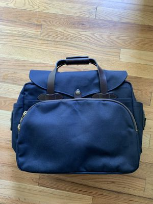 Filson padded computer bag. Navy. Brand new for Sale in Seattle, WA