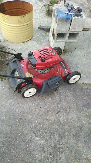 Toro self propell lawn mower for Sale in Auburndale, FL