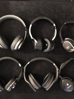 Wireless headphones(@) for Sale in Mesa, AZ