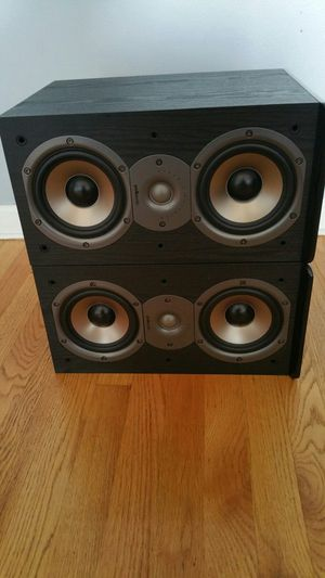 Polk Audio Bookshelf Loudspeaker for Sale in Chicago, IL