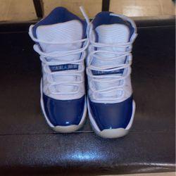 Jordan 11 Retro UNC Win Like 82 (GS) Size 5.5 for Sale in Copiague,  NY